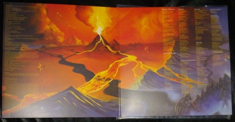 Manowar Fighting the World Gatefold