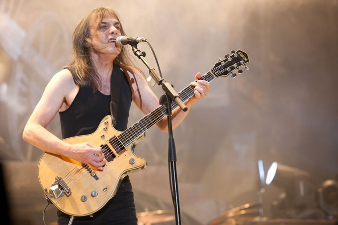 Malcolm Young (1953 – 2017)