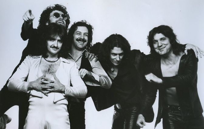 Blue Öyster Cult – Mirrors (Review)
