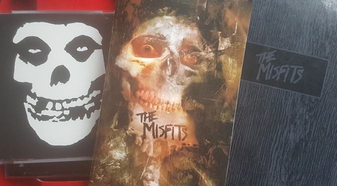The Misfits – Earth A.D./Wolf's Blood (Review)